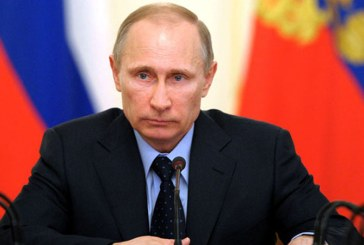 """Putin pledeaza pentru """"relatii normale"""" cu SUA, la ceremonia primirii scrisorii de acreditare a noului ambasador american"""