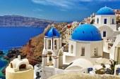 ADVERTORIAL: De ce sa alegi o vacanta in Santorini