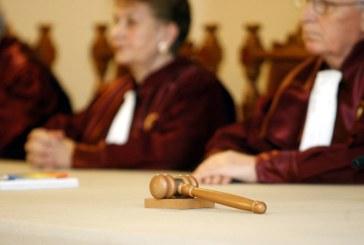 CCR discuta sesizarile presedintelui Iohannis, PNL, PMP, USR, ICCJ privind modificarea Codului penal
