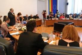 Dispute in Consiliul Local Baia Mare pe tema locuintelor modulare