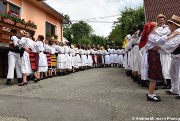 Festivalul Dantului la Sura a ajuns la editia a VIII-a (FOTO)