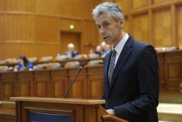 Florin Tataru: Concursul pentru ocuparea posturilor de directori ai unitatilor de invatamant preuniversitar va crea un efect de domino, afectand in mod special elevii