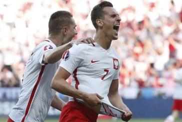 Polonia – Irlanda de Nord 1-0. Ovidiu Hategan s-a achitat cu brio de sarcini la debutul la EURO