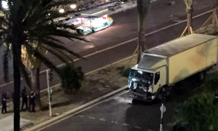 atentat-Nisa-camion