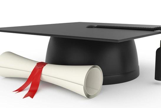 Noua persoane publice renunta la titlul de doctorat