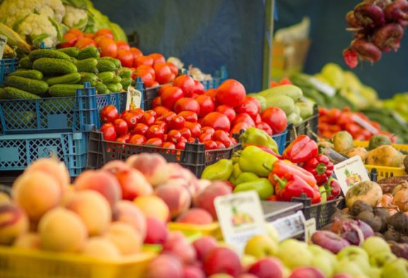 2.900 kilograme de legume si fructe confiscate de politistii maramureseni