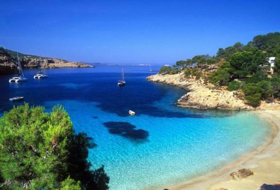 ADVERTORIAL: Palma De Mallorca, o locatie cu plaje tropicale