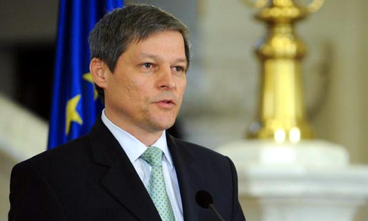 Premierul Dacian Ciolos nu este interesat sa se inscrie in PNL sau USR