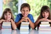 """Liviu Pop: Finalizam metodologia pentru programul """"Scoala dupa scoala""""; 30 de minute pe zi de joc si miscare"""