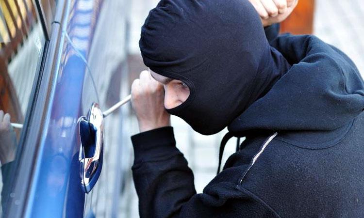 Continua furturile din masini, in Baia Mare. In primele patru luni ale anului au fost peste 70 in tot judetul