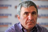 Fotbal: Hagi sustine ca nu se pune problema sa renunte la conducerea tehnica a echipei FC Viitorul