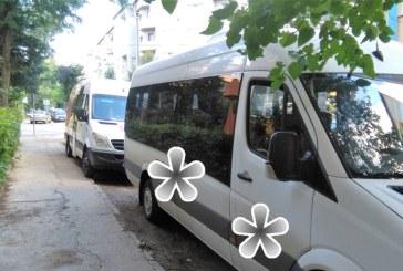 De la cititori: Masinile firmelor sufoca parcarile rezidentiale (FOTO)