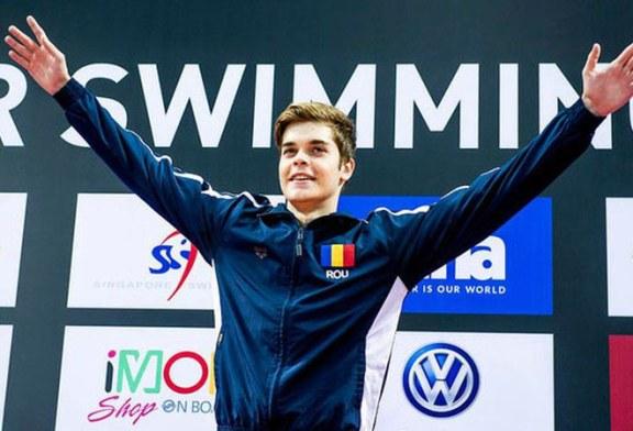 Inot: Robert Glinta a corectat de doua ori recordul national la 50 m spate, in cadrul Mondialelor in bazin scurt