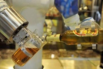 50.000 de litri de urina colectati de la un festival de muzica, reciclati in 60.000 de sticle de bere