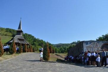 Consiliul Judetean ofera sprijin financiar pentru reconstructia bisericii din Rozavlea