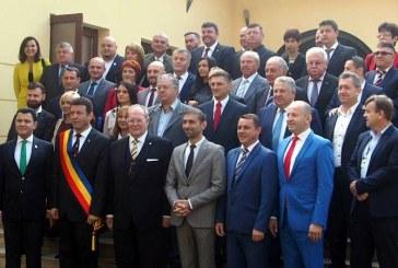 Delegatii straine prezente la deschiderea Festivalului Castanelor