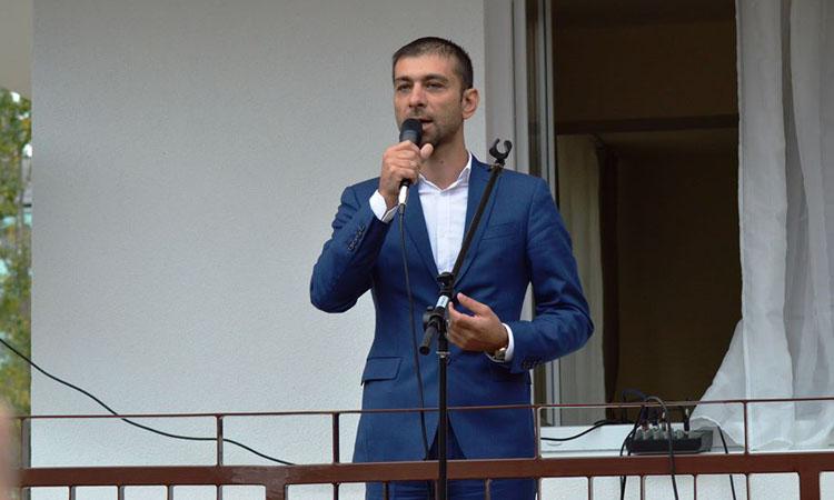 Gabriel Zetea: O masura suplimentara de protectie pentru tinerii care parasesc sistemul a fost implementata in Baia Mare (FOTO)