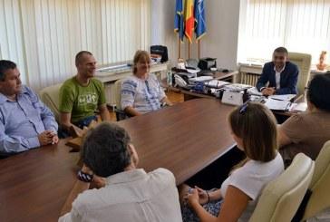 Delegatie de muzeografi din Polonia, in vizita la presedintele Consiliului Judetean Maramures, Gabriel Zetea (FOTO)