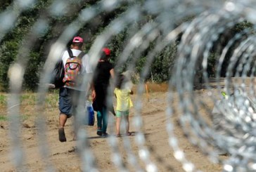 ONU: Numarul migrantilor ilegali sositi pe cale terestra in Europa a crescut de sapte ori in 2018