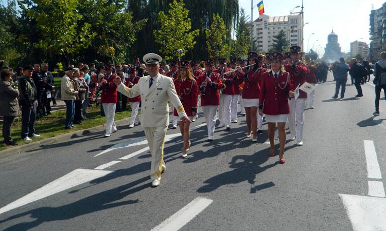 parada sarbatoarea castanelor 2016 (11)