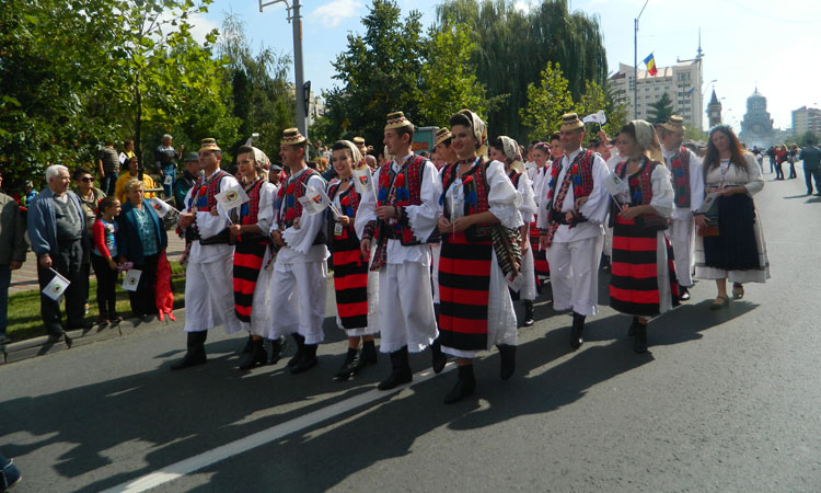 parada sarbatoarea castanelor 2016 (19)