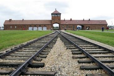 Un fost gardian SS de la Auschwitz, in varsta de 94 de ani, a fost pus sub acuzare in Germania