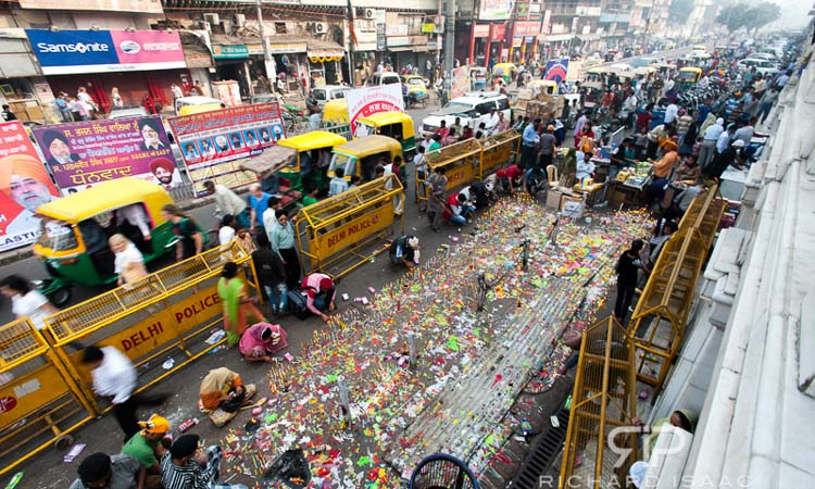 Diwali candlighting - Chandni Chowk, Delhi, India - 13/11/12
