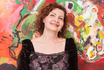 Pictorita Sanda Ciorna celebreaza clipa in cea de-a treia expozitie personala
