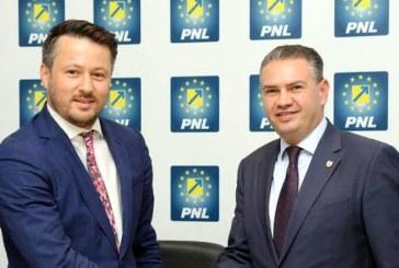 Senatorul Rogojan: Prefer sa merg la un stand up comedy, in locul depunerii candidaturilor PNL Maramures