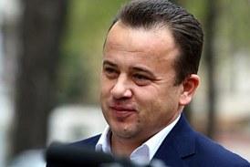 """Liviu Marian Pop isi reia activitatea in cabinetul parlamentar: """"Nu am facut nicio presiune asupra colegei noastre Sorina Pintea sa plece din functia de senator cum sugerau unii colegi"""""""