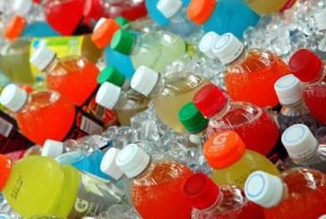Organizatia Mondiala a Sanatatii cere guvernelor sa impuna taxe pe bauturile care contin zahar