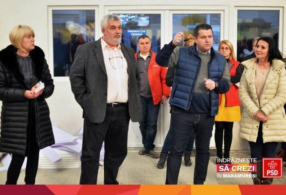 """Gabriel Zetea: """"Candidatii PSD Maramures pentru Parlamentul Romaniei prezinta Programul de Guvernare al PSD intr-o campanie door to door"""" (FOTO)"""