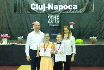"""Sportivii de la Prodance Baia Mare s-au intors cu sapte medalii de la """"Napoca Dance Festival"""""""