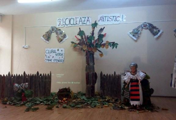 "Manifestari la Colegiul National ""Mihai Eminescu"" Baia Mare pe tema ""Recicleaza artistic!"" (FOTO)"