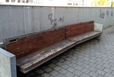 De la cititori: Mizerie, delasare si lipsa de interes fata de spatiile publice (FOTO)