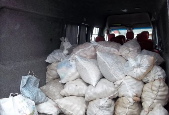 Alimente aduse de la Sacel pentru batranii din Centrul de ingrijiri din Baia Sprie
