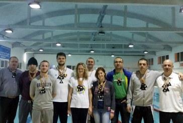 Gold Stars Baia Mare si-au aparat titlurile de cei mai buni inotatori masters, la Timisoara