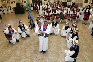 """Atmosfera de exceptie la prima editie a evenimentului """"Joc in latureni"""" (VIDEO)"""