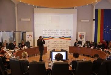 UPDATE: Consilierii locali, intalnire pe tema Festivalului Castanelor. Sedinta a fost amanata