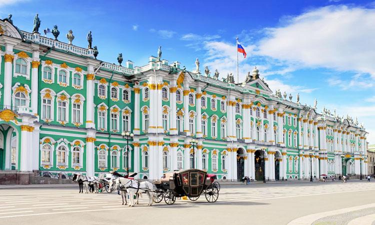 sankt-petersburg-palatul-de-iarna_ujjn
