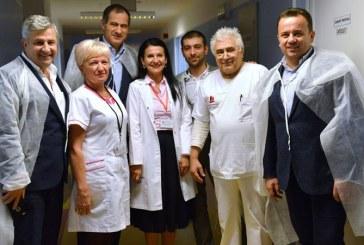"""Marian Neacsu: """"La Spitalul Judetean de Urgenta din Baia Mare, Sorina Pintea este omul care sfinteste locul"""" (FOTO)"""