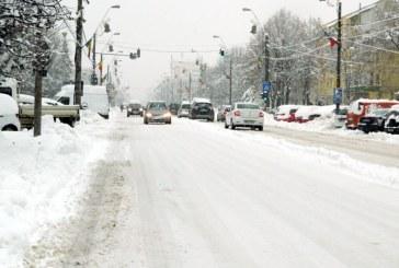 Zapada multa, utilaje putine: Ce spune conducerea Primariei despre deszapezirea orasului