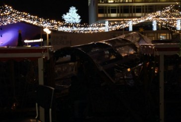 UPDATE: Un camion a intrat in multime in apropierea unui targ de Craciun din Berlin; un mort, mai multi raniti