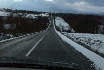 Info trafic: Circulatia rutiera se desfasoara in conditii de iarna, in Maramures