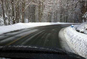 Drumarii au imprastiat 8 tone de sare in Pasul Prislop. Cel mai frig este la Cavnic