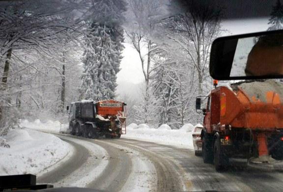 Maramures: Drumarii au imprastiat 48 de tone de sare. Vezi aici, care este starea soselelor