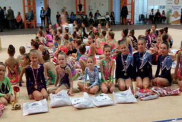 Gimnastele de la Liceul cu Program Sportiv din Baia Mare, prezente la Cupa Rotary
