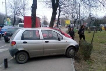Reguli NOI privind ridicarea masinilor parcate neregulamentar