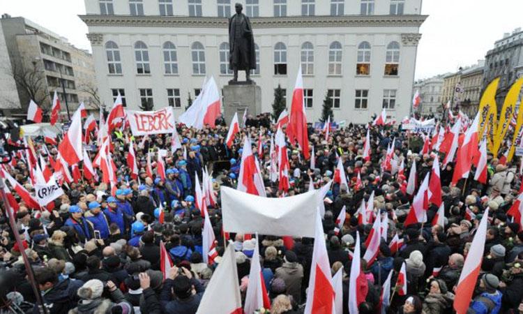 Polonia are in vedere pentru anul viitor primul buget echilibrat de dupa 1989
