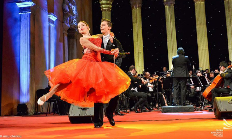 galactic-dance-opera-3